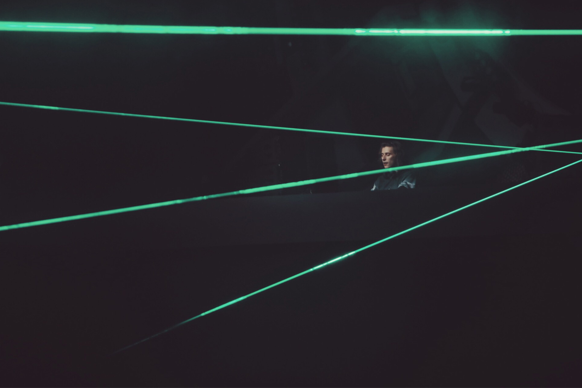 Androg-Heineken_SpaceJam5