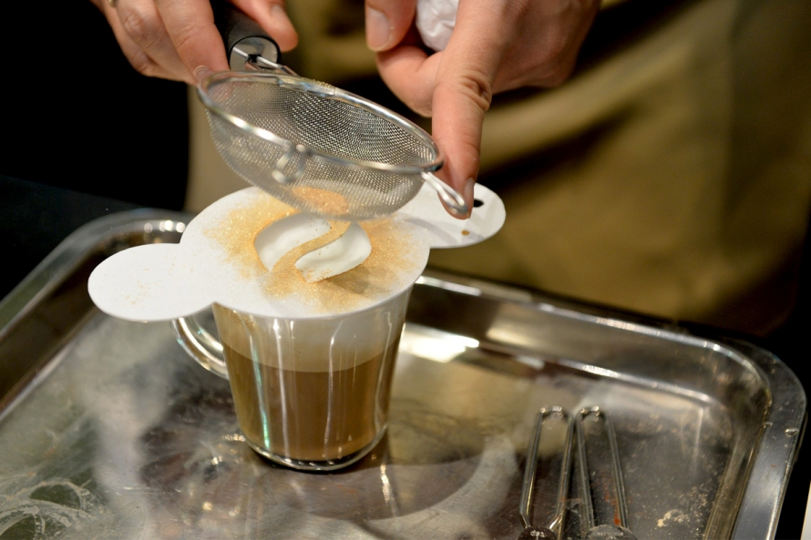 Androg-Nescafegold-Cafe4
